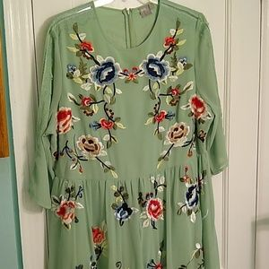 NWOT ASOS 3/4 sleeve mint embroidered dress